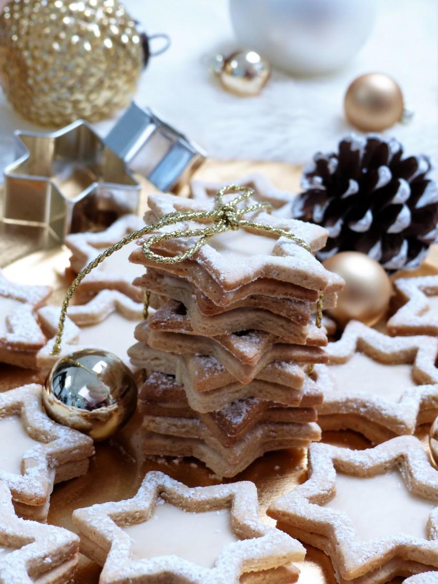 Weihnachtsbäckerei: Eierlikör Sterne