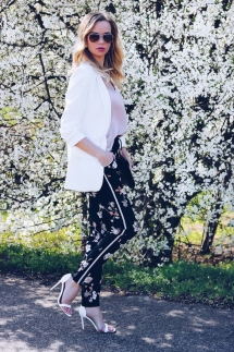 Influencer, Outfit, Spring, Floral Pants